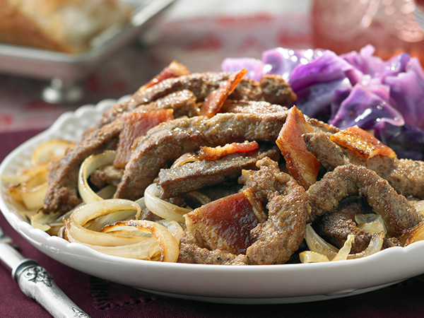 Sauteed Liver with Caramelized Onions and Smoked Bacon